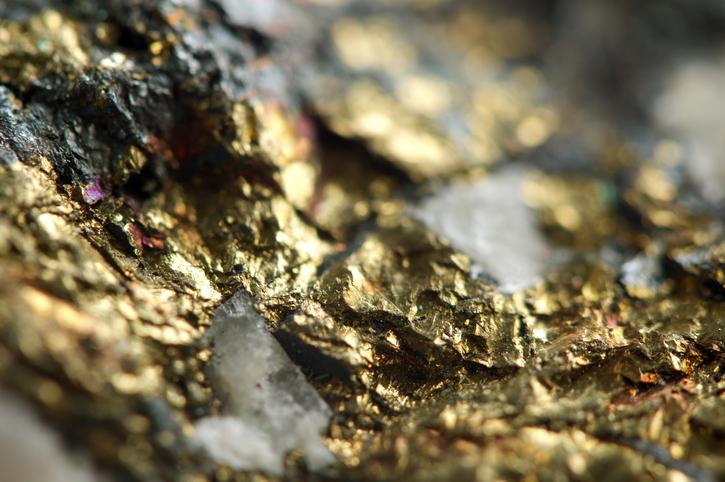 Look Which Precious Metal Is Beating Warren Buffett…