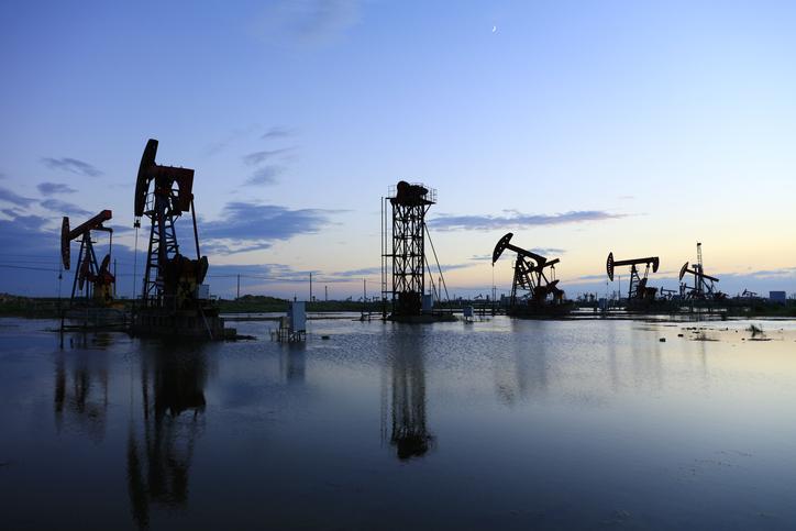 Oil Market Turbulence Sparks USO Options Activity