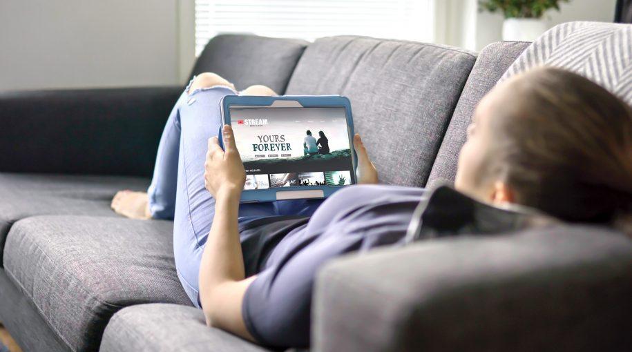 3 ETFs to Watch as Netflix Set to Reveal Q4 Earnings
