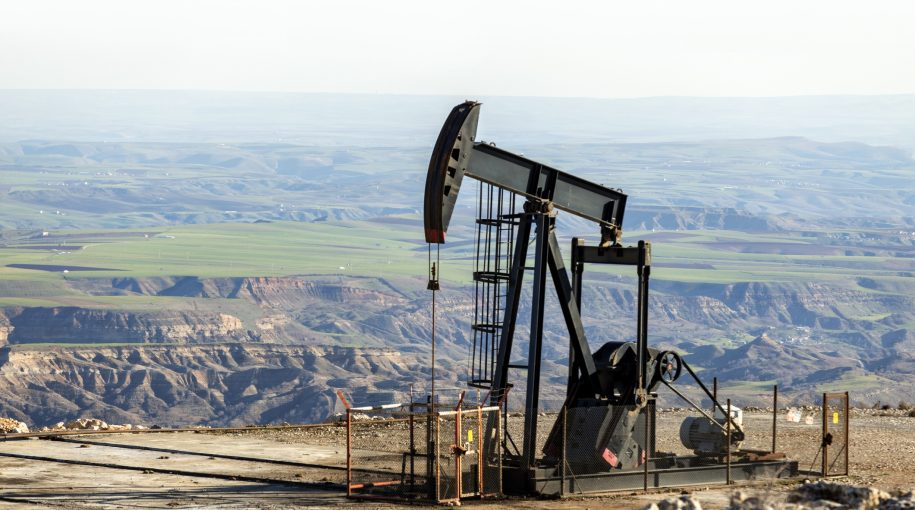 Crude Oil on Track for Worst Week Since May as Coronavirus Fears Intensify