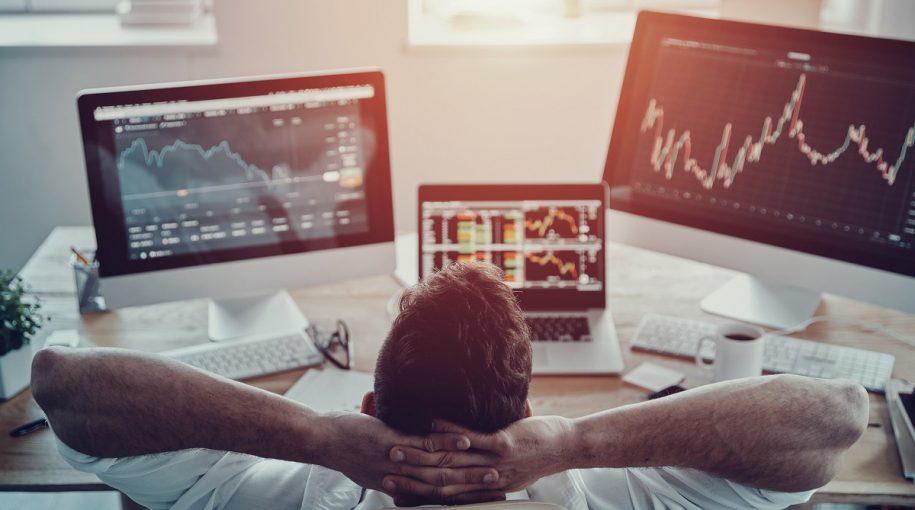 U.S. Stock ETFs Rebound as Traders Refocus on Earnings, Economy