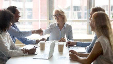 How Financial Advisors Can Strengthen Relationships with Women Investors