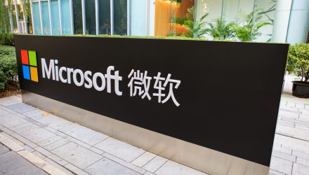 Bill Gates Cites Microsoft China as a Model for Reopening Economy