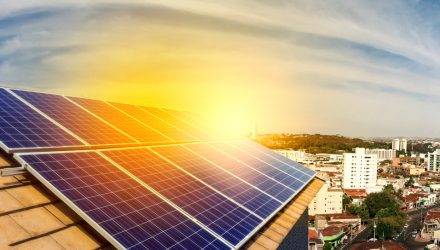 Solar ETF Strengthens on Rebound in Enphase Energy