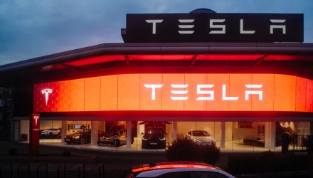 Tesla Bonds Rise on Stock Split Plans