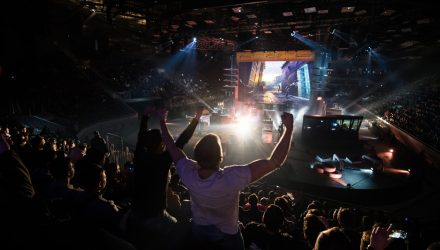 More eSports Excellence Looms for Investors
