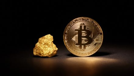 Bitcoin is Rising, But Some Experts Still Like Gold