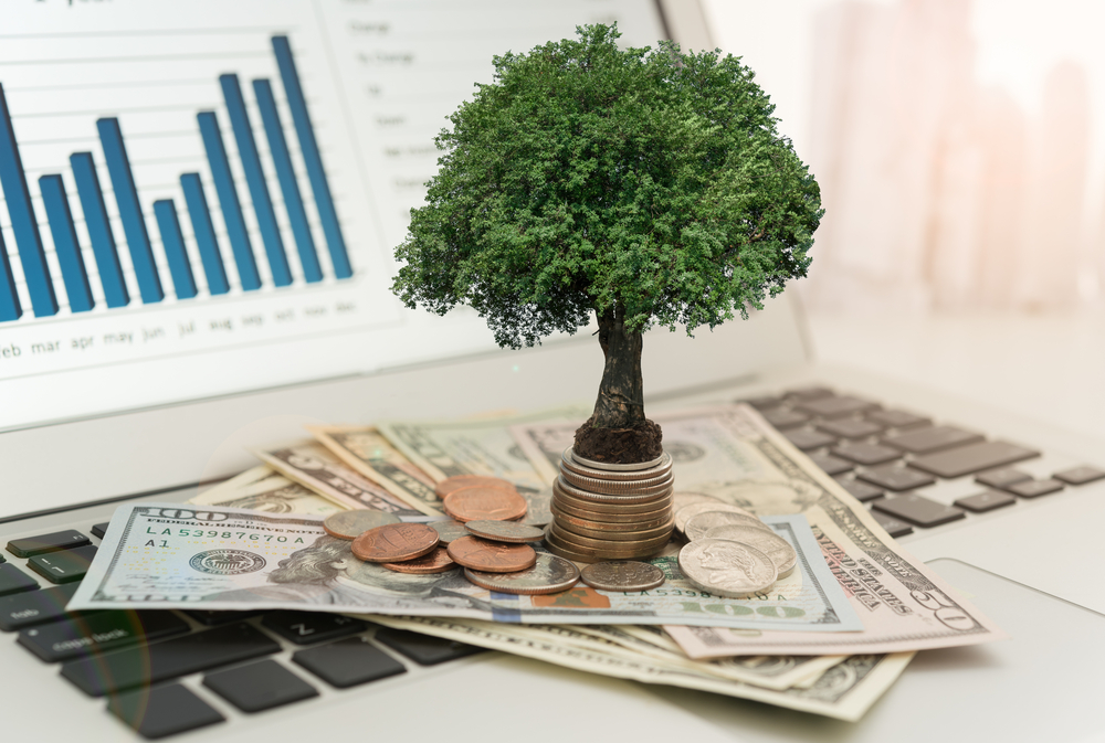 In an Uncertain Climate, WisdomTree Luring Investors with Global Dividends