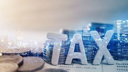 Benchmarking Tax Alpha