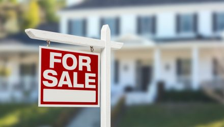 Home Prices to the Moon? Americans Say 'No Thanks'