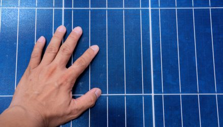 Behind the Corporate Push for a Federal Standard for Clean Energy