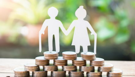 In Retirement, Focus on Cash Flow Over Income Replacement