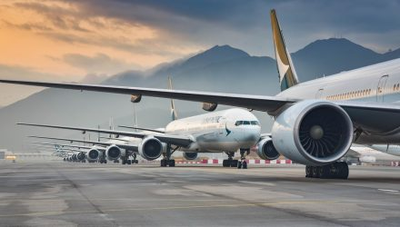 How to Fly With an Airline Resurgence Without All-In Commitment