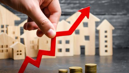 Residential REITs ETFs Could Be an Attractive Yield-Generating Opportunity