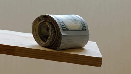 Treasury Bond ETFs Slide as Traders Anticipate Tighter Monetary Policy