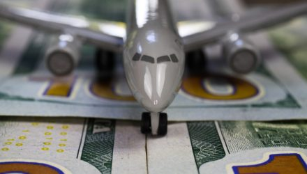 Banks Turn Bullish on Airline Stocks, Jump in With JRNY